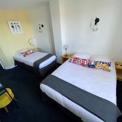 Grande chambre 65 à 70€